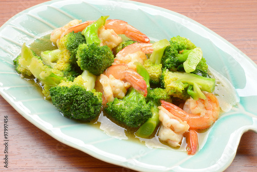 "stir-fried broccoli with shrimp"" Fotos de archivo e imágenes libres ..."