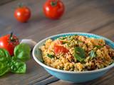 Couscous mit Tomaten und Basilikum