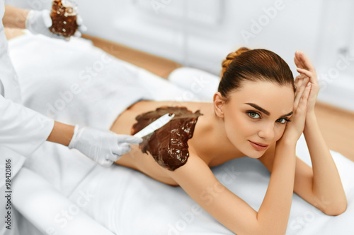Tela Body Care. Spa Beauty Treatment. Cosmetic Mask. Skin Care.