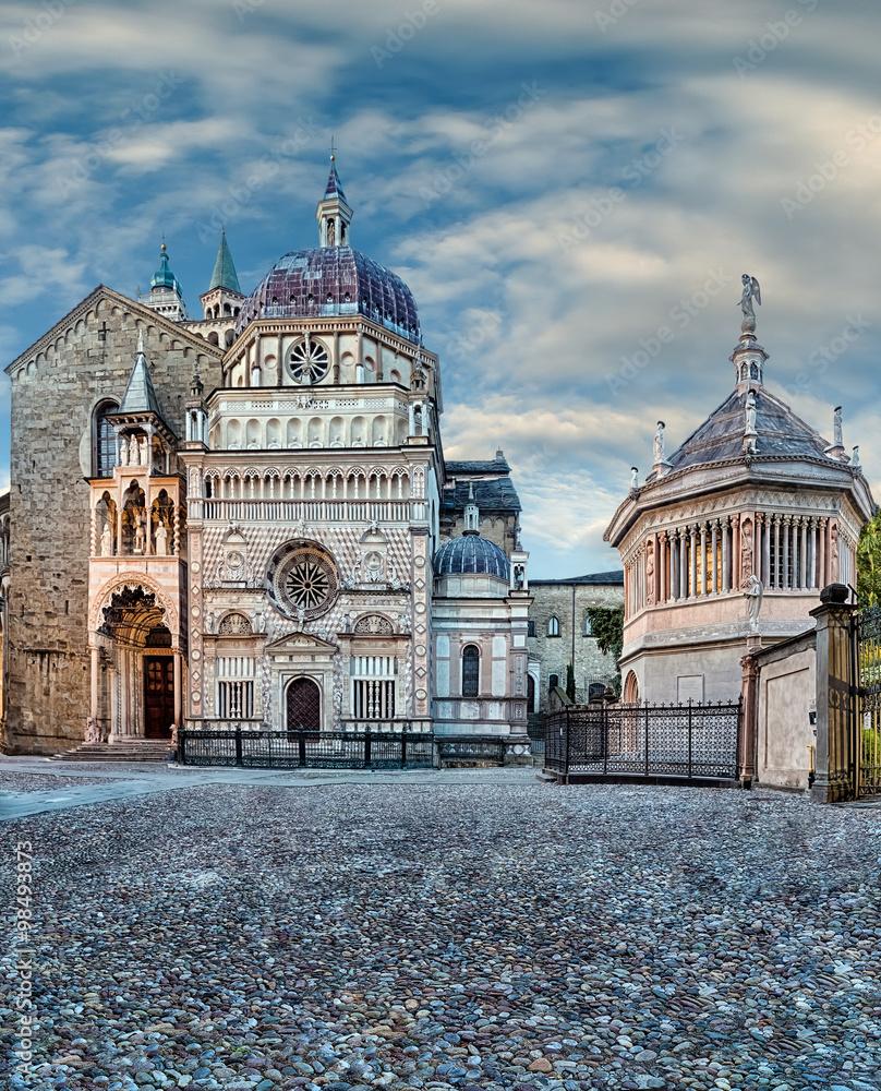 lombardia kościół architektura - powiększenie