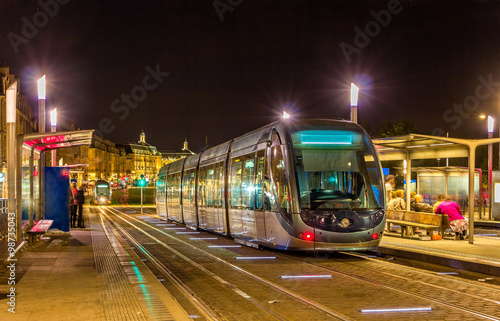 A tram in Bordeaux - France, Aquitaine Plakat