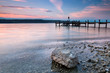 am Ufer des Sees