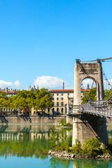 Starych College du Passerelle mostu nad brzegiem Rodanu w Lyonie, Frank