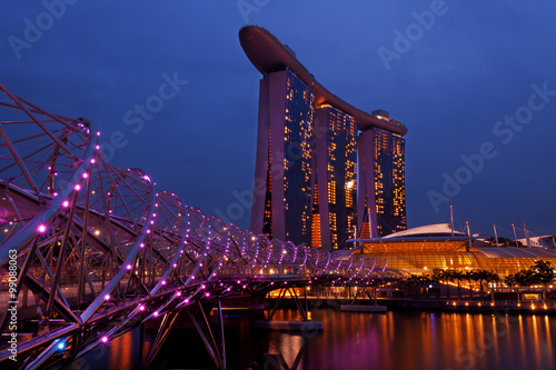 Plagát Marina Bay Sands Hotel in Singapore in the evening