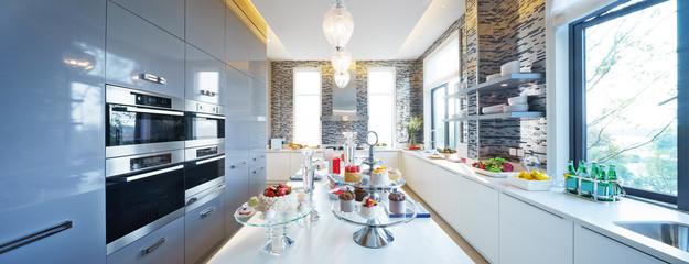 pano interior of modern kitchen © zhu difeng