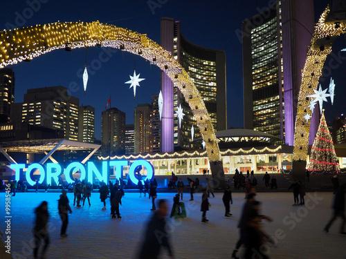 Stampa su Tela Toronto City Hall Skating Rink