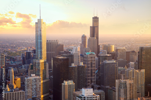 Poster Chicago Chicago skyscrapers at sunset, aerial view, United States