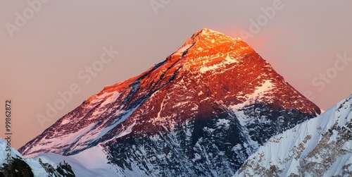 Evening colored view of Mount Everest from Gokyo Ri