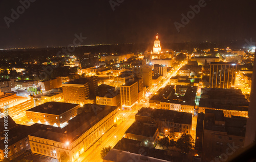 Spoed canvasdoek 2cm dik Route 66 Night light looking to State Capital Building,Springfield Illinois