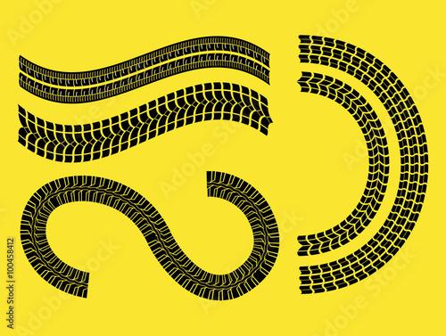 Foto op Plexiglas F1 Tire track print
