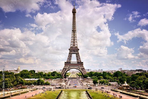Eiffel Tower, Paris Photo by fabiomax