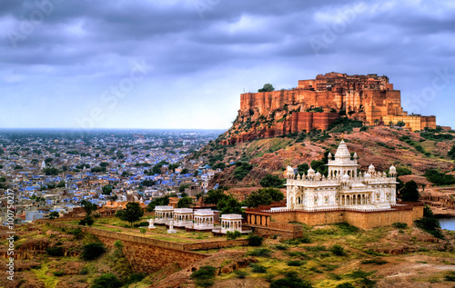 Poster, Tablou Mehrangharh Fort and Jaswant Thada mausoleum in Jodhpur, Rajasthan, India
