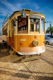 Stary wózek styl w centrum Porto.
