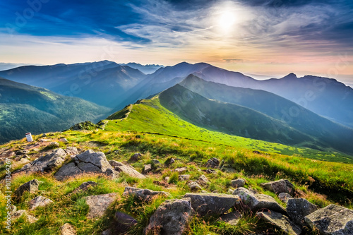 mata magnetyczna Wonderful sunset in mountains in summer