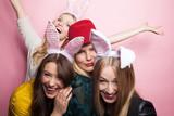 Fototapety Frauen mit Hasenohren