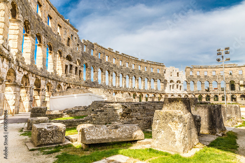 Foto op Aluminium Oude gebouw Roman Amphitheatre Pula Arena-Pula,Istria, Croatia