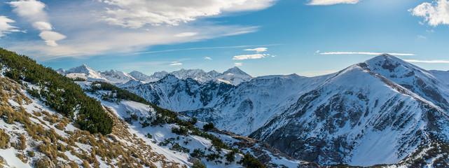 Fototapeta ośnieżone góry - panorama