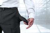 Konkurs - Insolvenz - Pleite - leere Taschen - 101869087