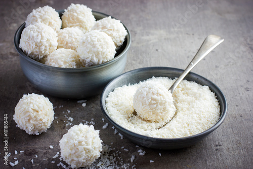 Poster delicious homamade white chocolate and coconut candy balls
