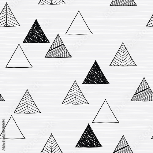 Seamless hand-drawn triangles pattern. - 101904694