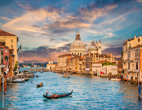 mata magnetyczna Canal Grande with Santa Maria Della Salute at sunset, Venice, Italy