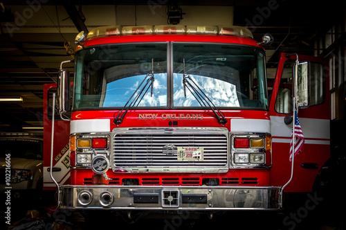 Silnik NOFD 29 - 6-30-15 Nowy Orlean - Silnik NOFD 29 znajduje się w centralnej straży pożarnej French Quarter Nowy Orlean w LA