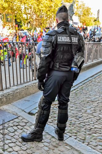 Poster Gendarme anti-émeute