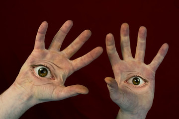 Eyes on Hands Monster © Ezume Images