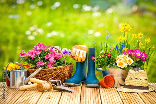 Gamesageddon - Frühling, Garten, Gartenarbeit, Gartenwerkzeug ... Die Gartenarbeit Im Fruhling