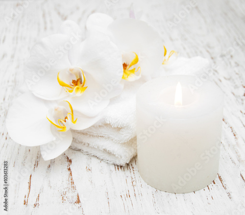Plexiglas Spa Orchids and spa towels