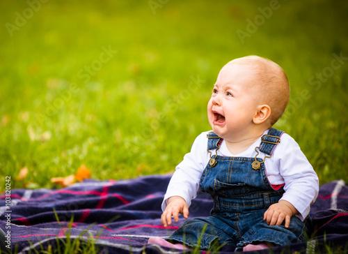 fototapeta na ścianę Emotions - baby crying