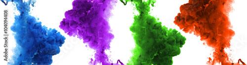 Aluminium Kleuren in het water Acrylic colors and ink in water.
