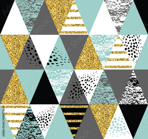 Abstract hand drawn seamless repeat pattern. - 104674834