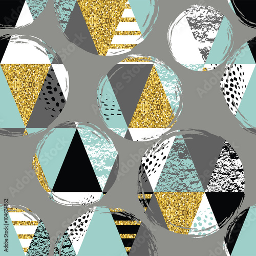 Abstract hand drawn seamless repeat pattern. - 104674862