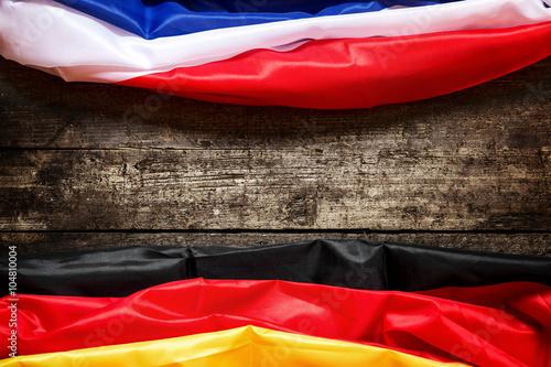 Poster Flagge Frankreich und Deutschland, Konzept Partnerstädte und Wi