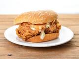 chicken burger - 105153297