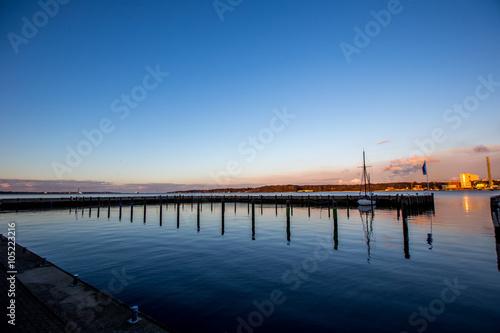 Poster Malerischer Sonnenuntergang am Kieler Hafen
