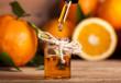Leinwanddruck Bild - Orange Essential Oil
