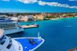 Leinwanddruck Bild Some passenger ships anchored in the port of Nassau, Bahamas