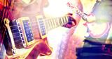Musica en directo. Concierto y guitarra.Fondo abstracto de espectaculo