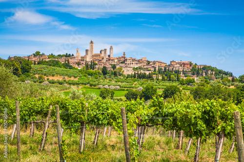 Zdjęcia na płótnie, fototapety na wymiar, obrazy na ścianę : Medieval town of San Gimignano, Tuscany, Italy