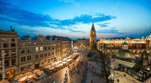 Zdjęcia na płótnie, fototapety na wymiar, obrazy na ścianę : Krakow market square, Poland at sunset