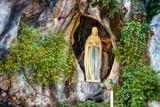 Grotta di Bernadette - 105803250