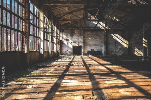 przestronna-hala-fabryczna