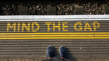 """Постер, картина, фотообои """"Waiting for the tube"""""""