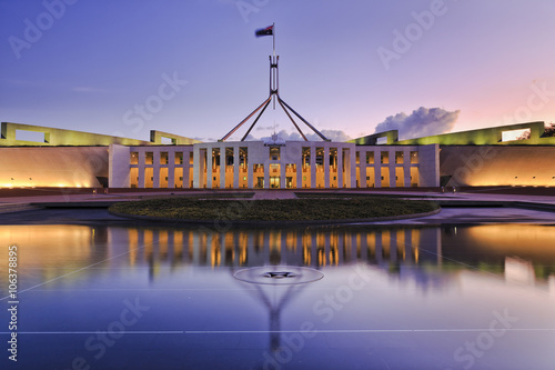 CAN parliament Set reflect