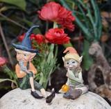 statuette decorative,elfi seduti in giardino