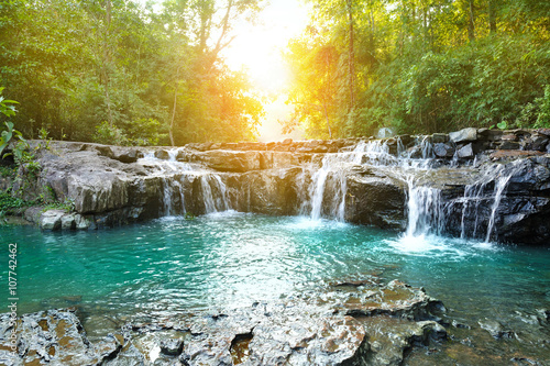 Tuinposter Bos rivier beautiful water fall in thailand