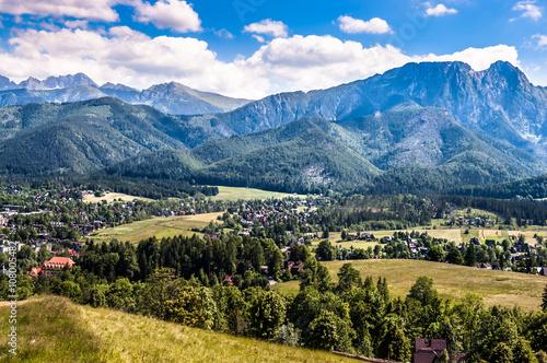 krajobraz-tatr-widok-na-zakopane-od