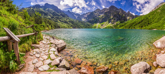 Panorama of pond in the Tatra mountains, Poland © shaiith
